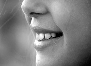 Les points importants à savoir sur l'implant dentaire