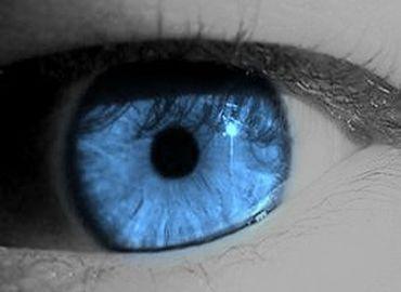 Poches sous les yeux : comment s\'en débarrasser