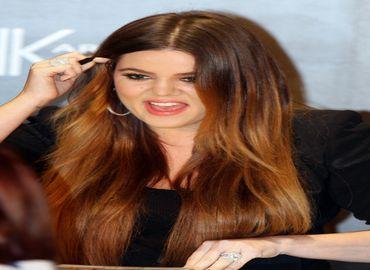 Khloé Kardashian : une chirurgie esthétique-addict