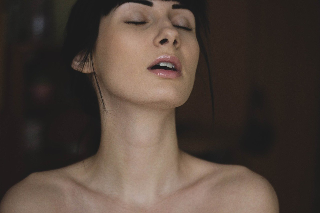 Réduction mammaire : êtes-vous vraiment prête à vous lancer là-dedans ?