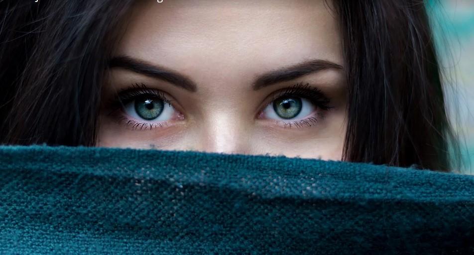 Changer la couleur de vos yeux grâce à la chirurgie esthétique